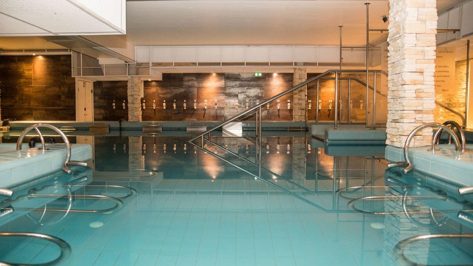piscine établissement thermal à dax das les landes